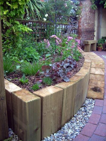 Wood Pallet Fence Planter