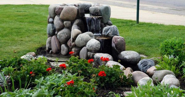 Garden Stone How To Choose The Right Stone For Your Garden