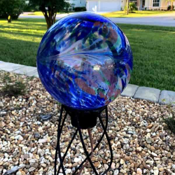 attractive gazing ball that lights up at night