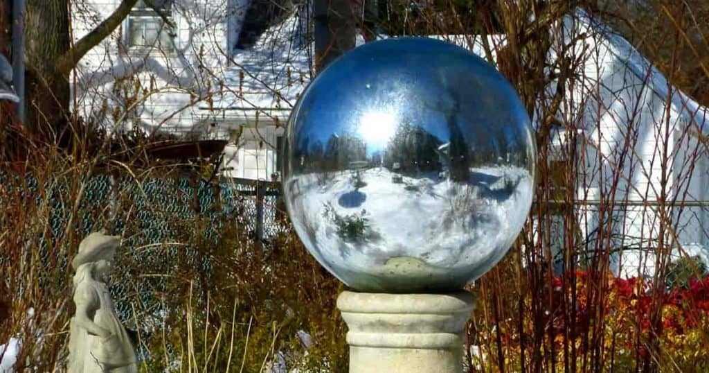40 Ways To Use Gazing Balls And Make Your Garden Grow Custom Decorative Globe Balls