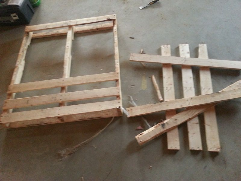 Make your own end tables in just 2 hours using pallets for End tables out of pallets