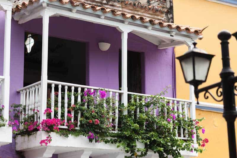 small-balcony-townhouse-04302015