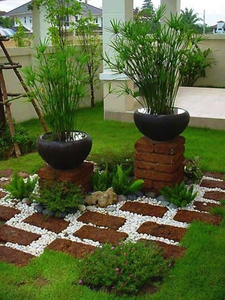 13 Ideas To Brighten Your Garden With Bricks